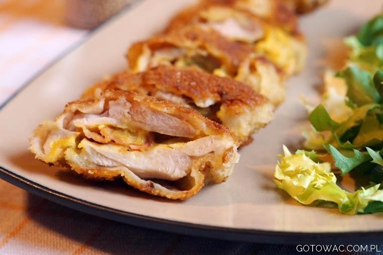 Musztardowy kurczak z boczkiem i mozzarellą