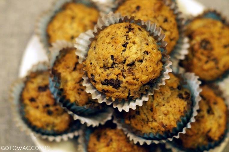 Ziemniaczane muffiny z czekoladą