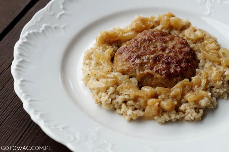 Zrazy wieprzowe z duszoną cebulką (Mama uczy gotować!)